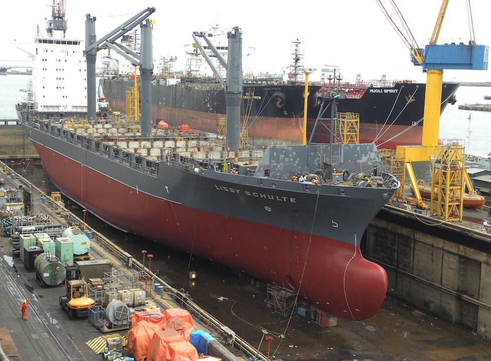 Lissy-Schulte_Colombo_Shipyard_Sri-Lanka__CombiTrade